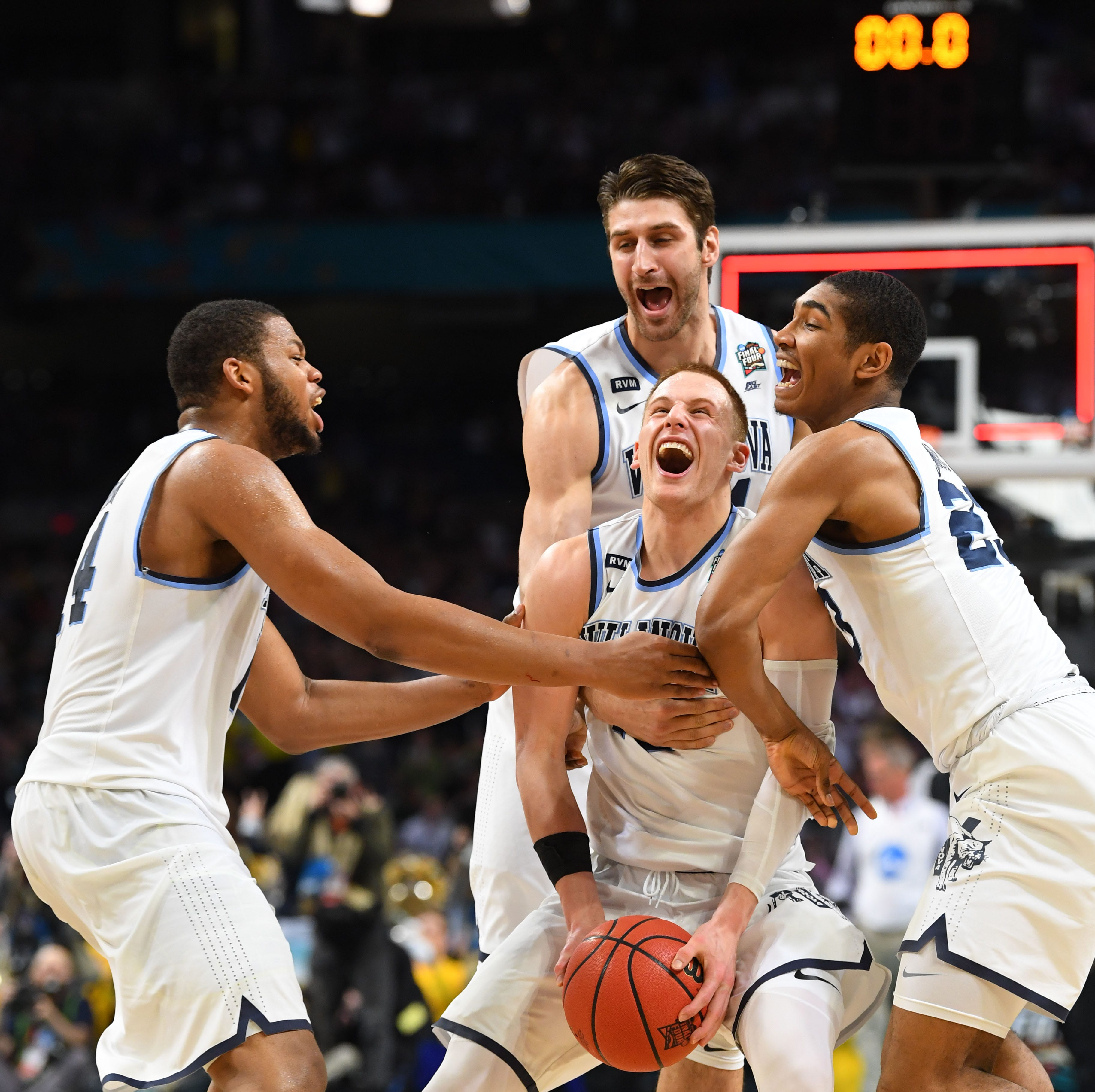 Final Four MVP, NBA rookie DiVincenzo named Delaware 2018 Athlete of the Year