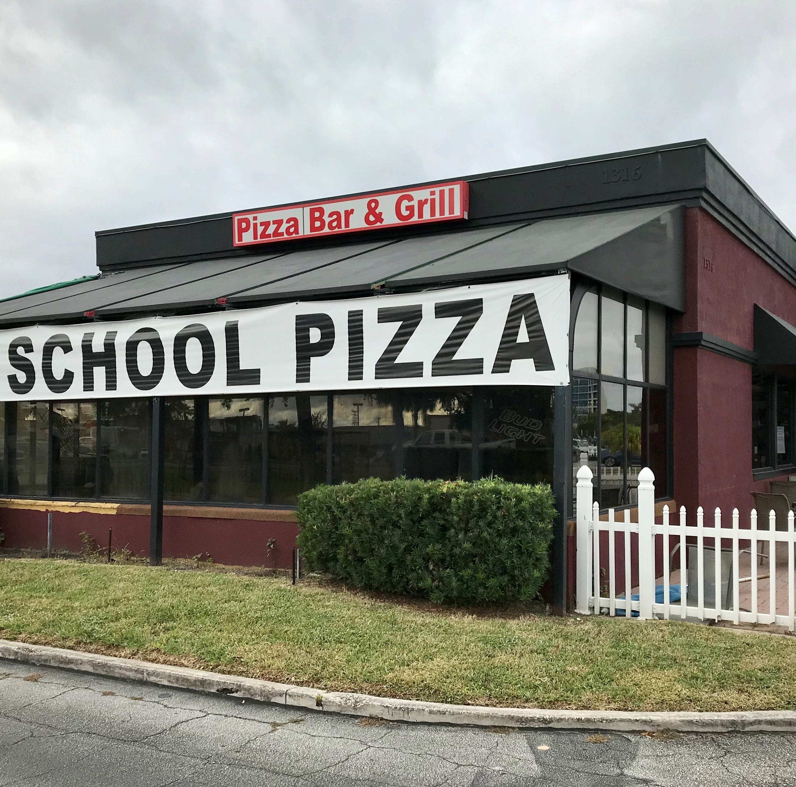 Old School Pizza near Melbourne High School closes