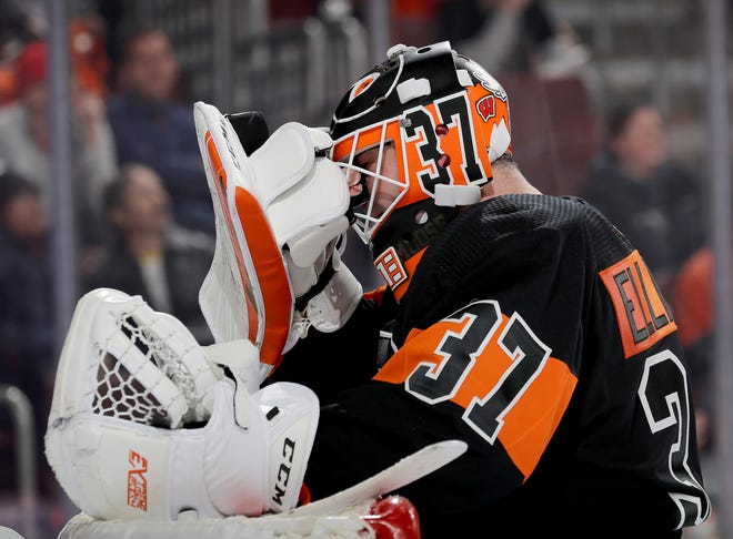 Brian Elliott has a .911 save percentage this season. The Flyers have had to piecemeal the games he hasn't played in.