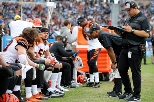 Cincinnati Bengals head coach Marvin Lewis talks with the defense in the third quarter of a Week 14 NFL football game against the Los Angeles Chargers, Sunday, Dec. 9, 2018, at StubHub Center in Carson, California. The Los Angeles Chargers won 26.21.
