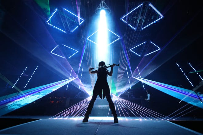 Trans-Siberian Orchestra knows how to put on a good light show.