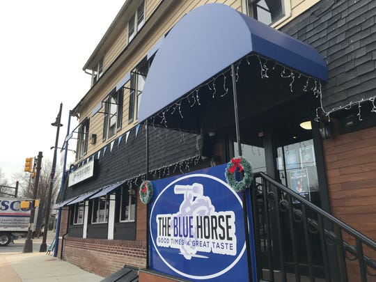 The Blue Horse has opened has opened in Highland Park with gourmet take on the casual American fare of the site's longtime occupant Charlie Browns.