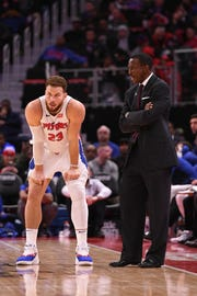 Blake Griffin and coach Dwane Casey talk during the 116-108 loss to the Pelicans, Dec. 9, 2018.