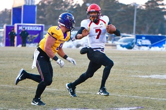 Ferris State quarterback Jayru Campbell rushed 19 times for 103 yards in the Bulldogs' Division II semifinal victory over Minnesota State Mankato on Dec. 8, 2008.