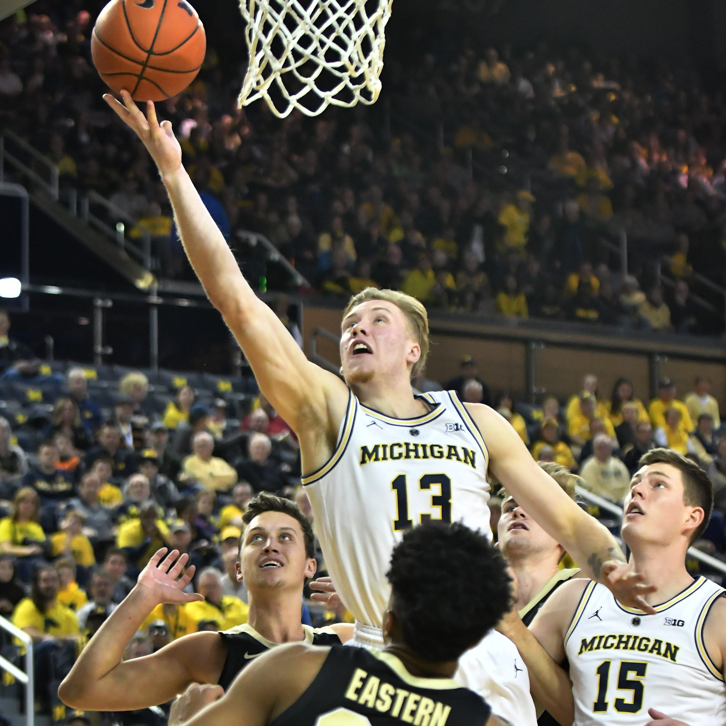 Unbeaten Michigan rises to No. 1 in NCAA's NET rankings