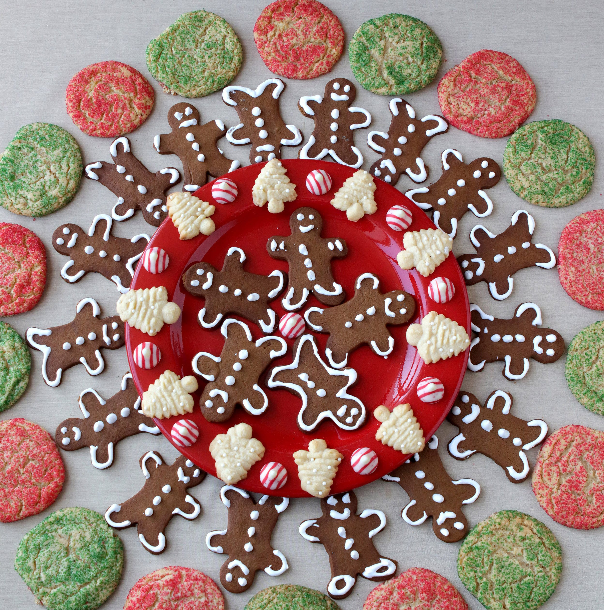 A gift of holiday classic cookies