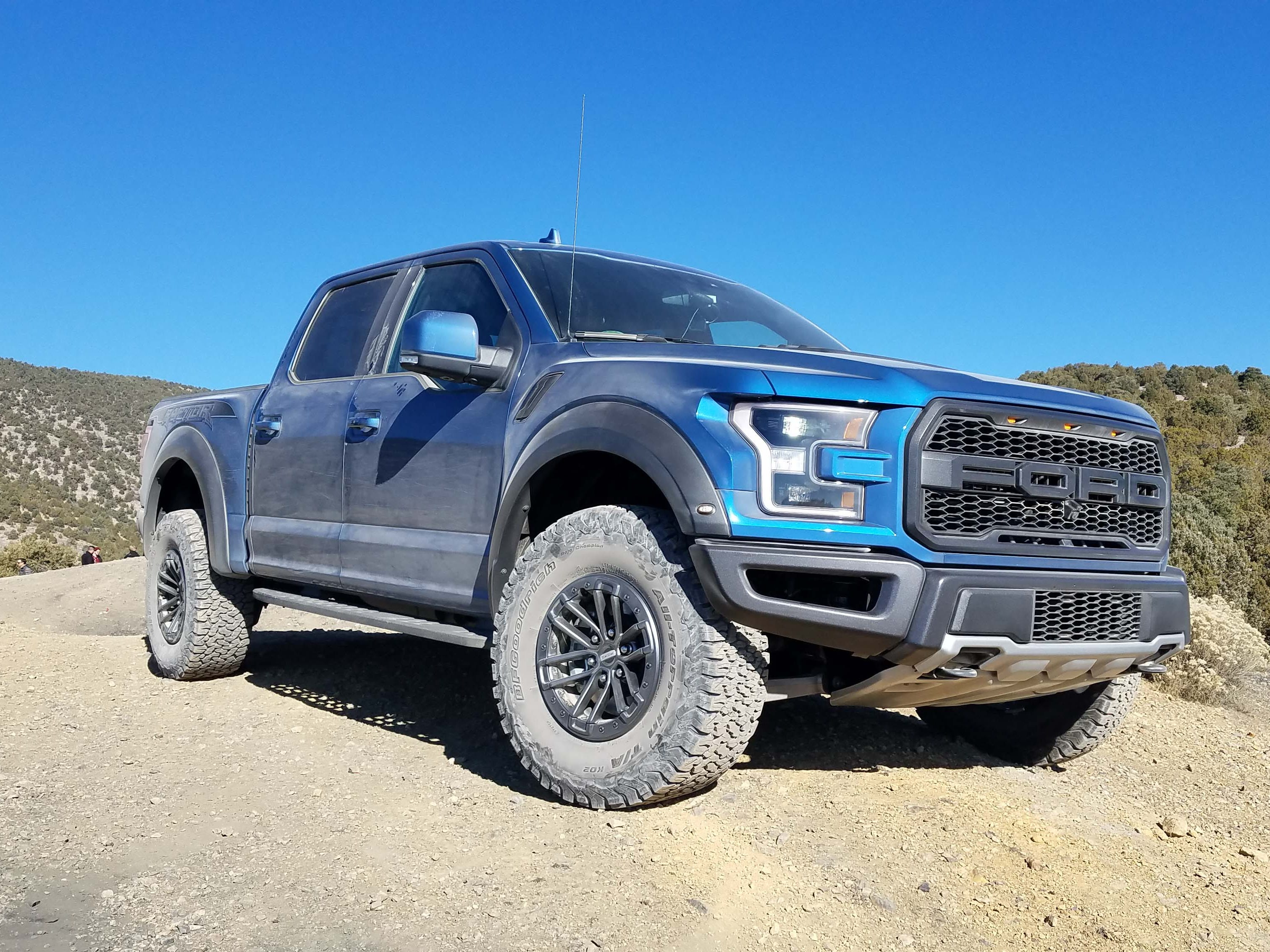 Based on the F-150, the 2019 Ford F-150 Raptor is the roughest, fastest, most enthralling pickup on the market. Call it a supertruck.