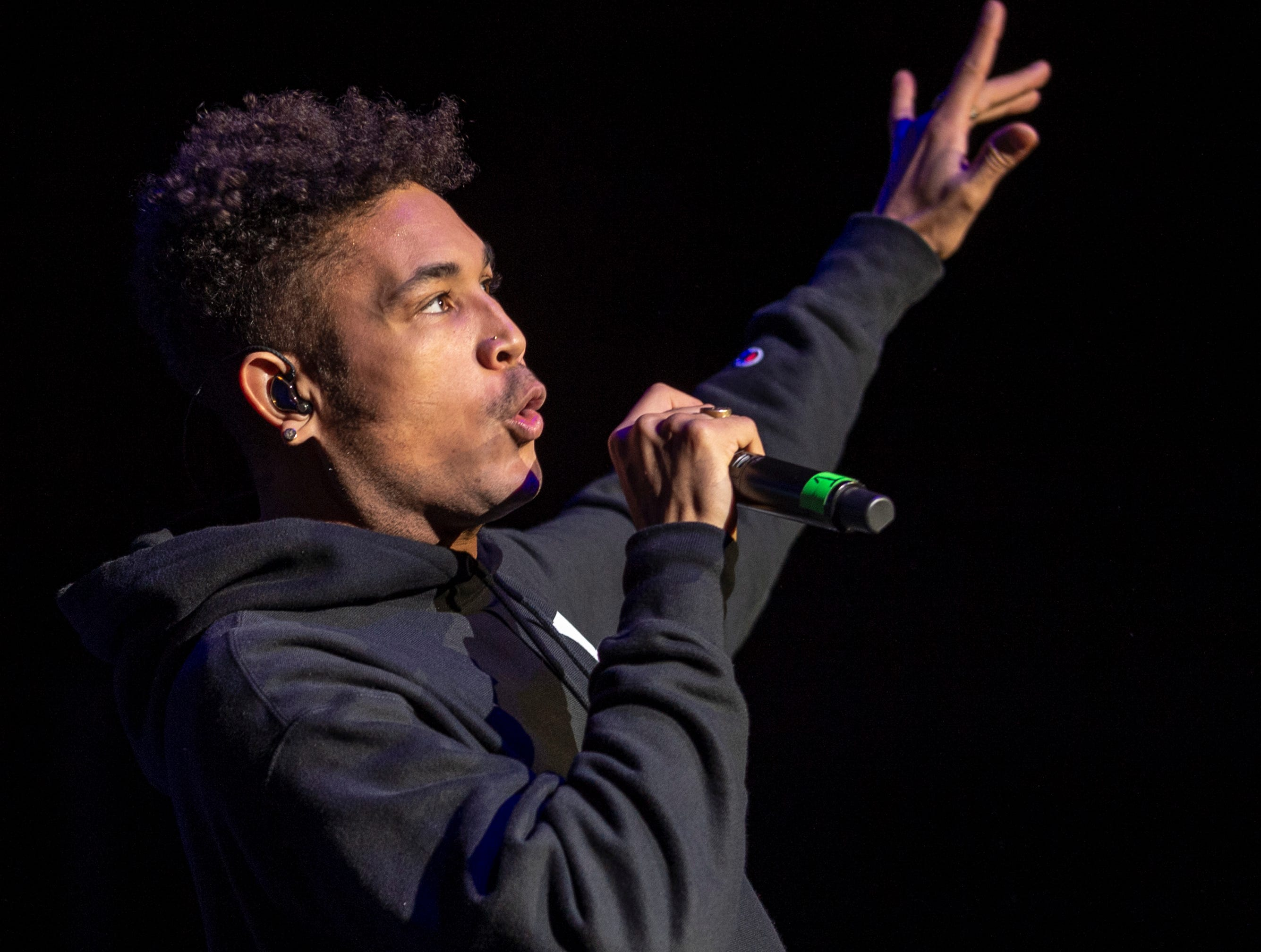 """Bryce Vine performs on stage. Radio stations Hot 96.3 and Radio Now 100.9 hosted the annual """"Santa Slam"""" concert, featuring American hip hop trio Migos, in the Indiana Farmers Coliseum at the Indiana State Fairgrounds in Indianapolis, Sunday, Dec. 9, 2018."""