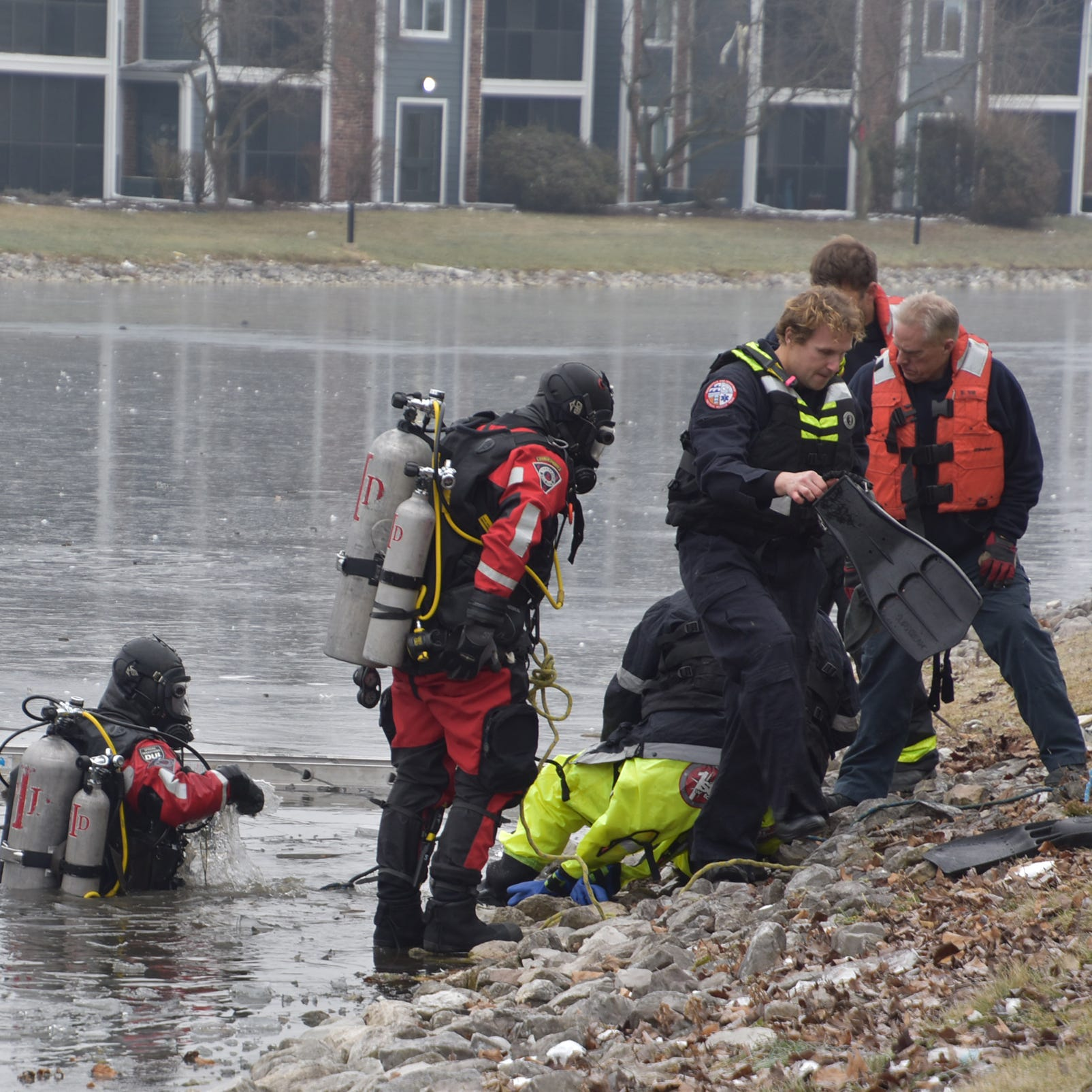 Man dies after trying to rescue dog from icy pond, fire officials say