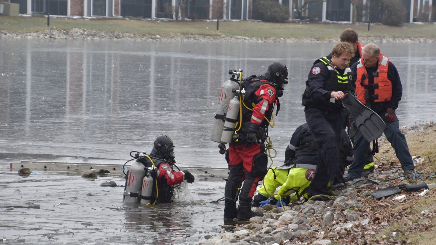 Two people die while trying to save their dogs from icy ponds