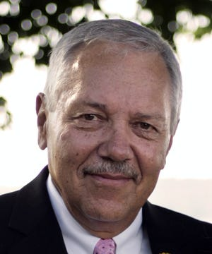 Town of Delafield Chairman Larry Krause has announced that he will not seek reelection in 2019.