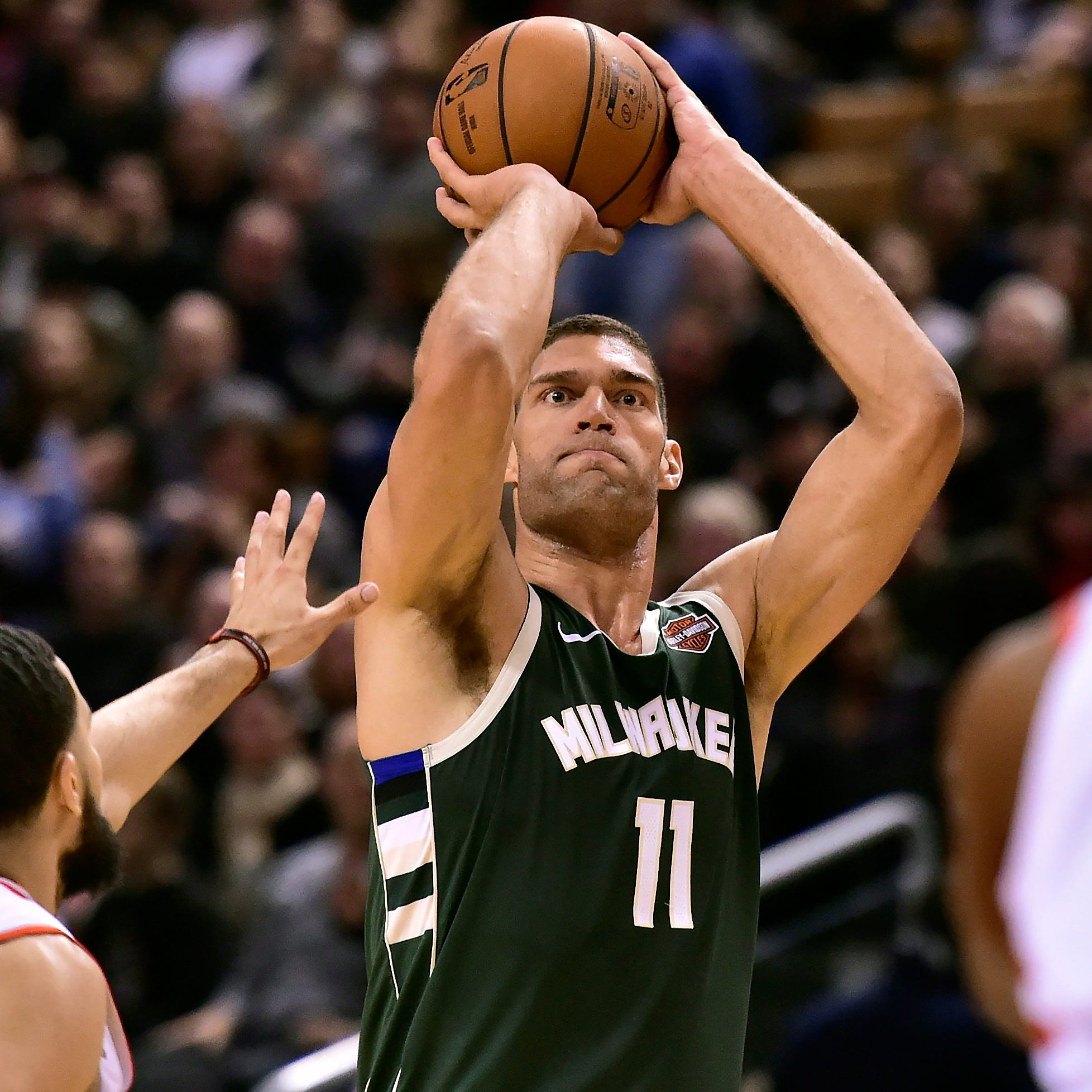 Bucks 104, Raptors 99: Brogdon, Antetokounmpo and Lopez star in a battle of heavyweights