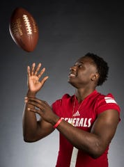 "All-Metro athlete Lee's Tedarrian ""TD"" Murray poses for a portrait in Montgomery, Ala., on Monday, Dec. 10, 2018."