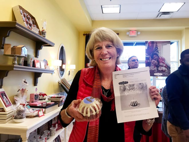 Ms. Cheap got a free Bundtlet from Nothing Bundt Cakes for her birthday.