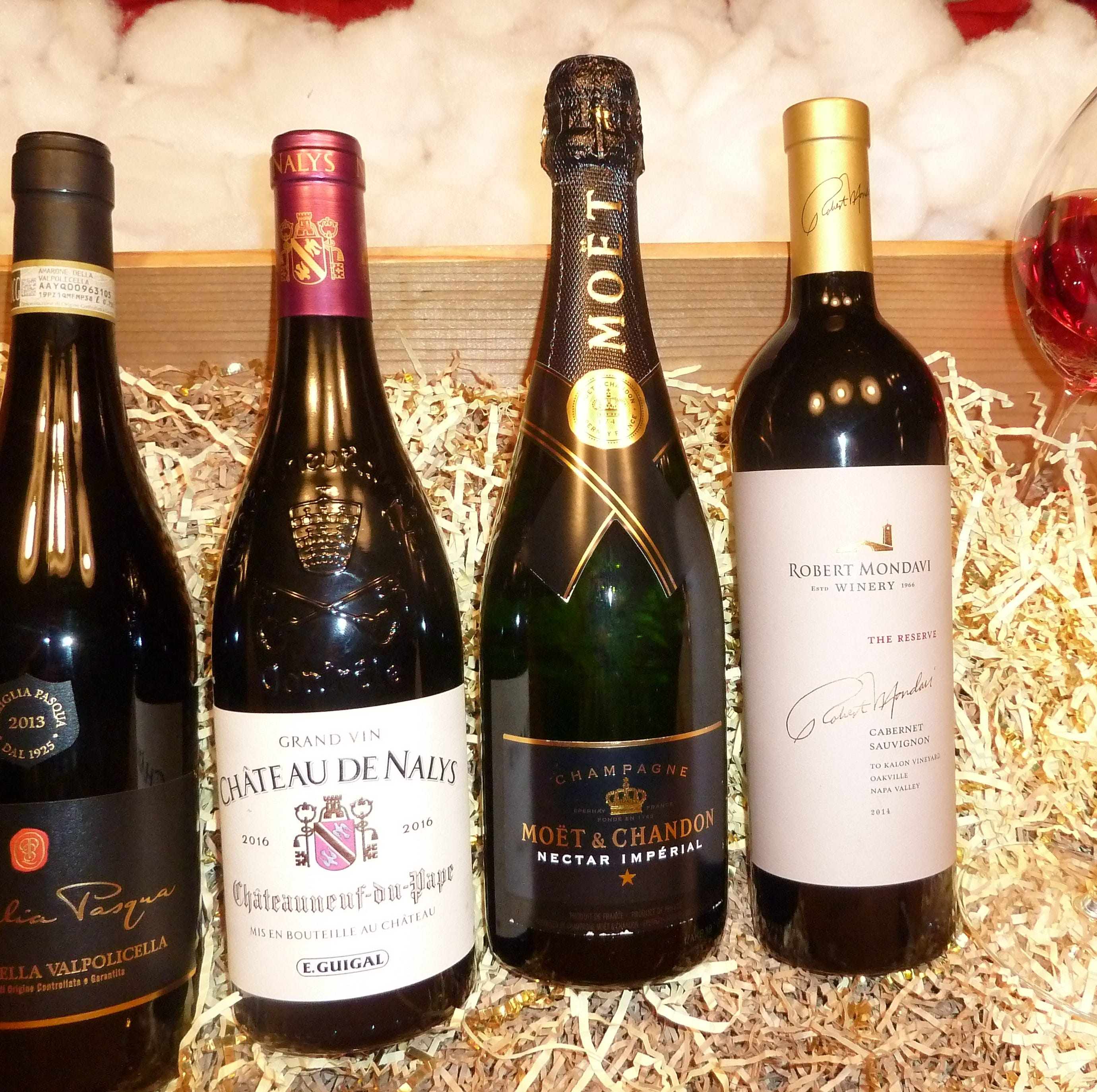 Gift guide for wine lovers: How to pick the perfect bottle for the holidays