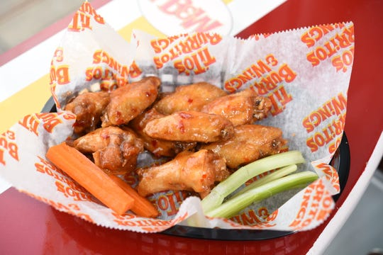 Hot chicken wings at Tito's in Ridgwood