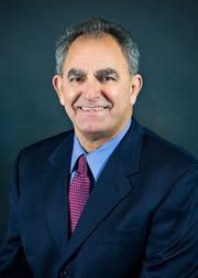Dr. Julio Munoz