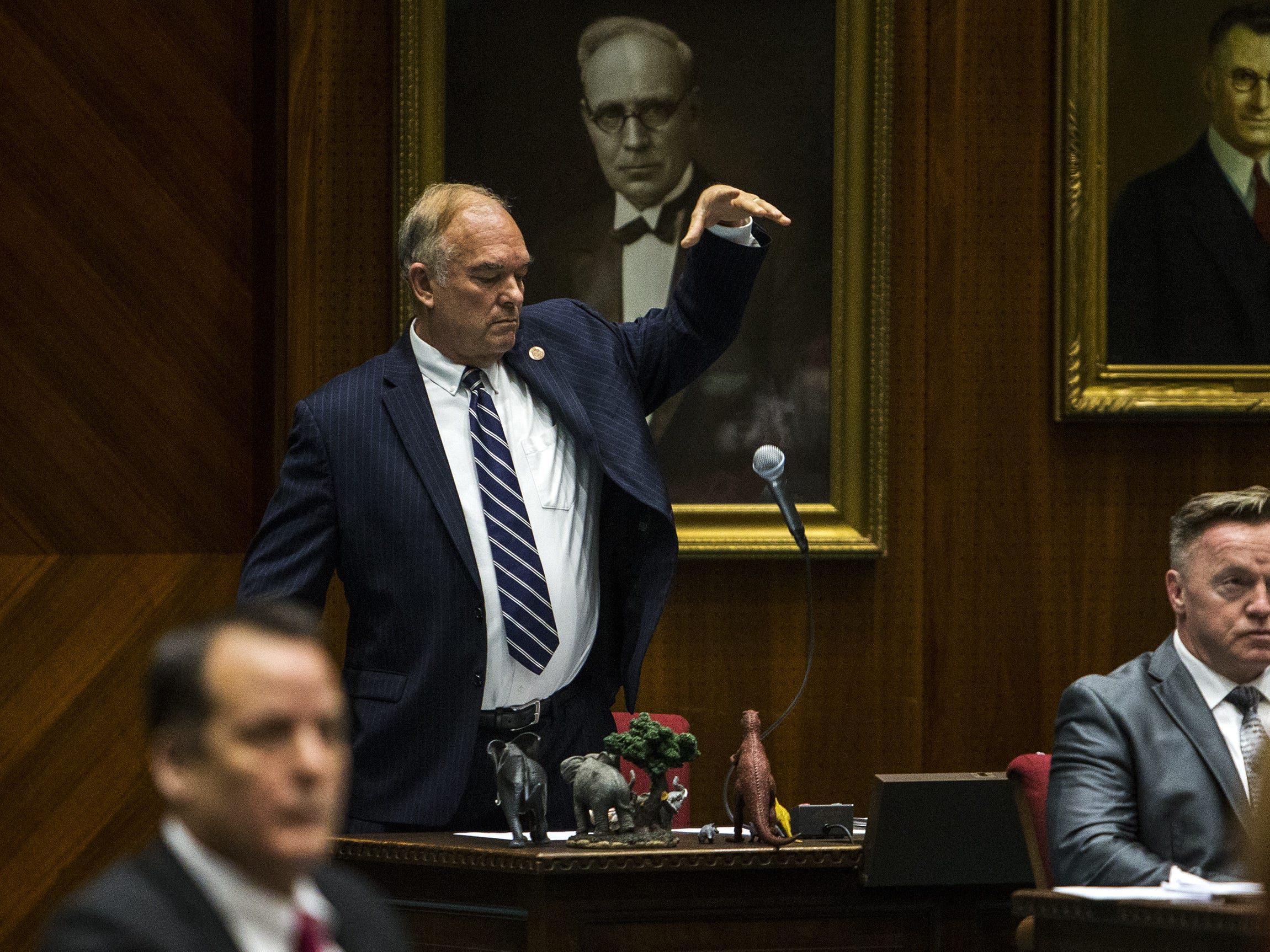 Don Shooter sues Arizona for denying 'due process' in his expulsion from the Legislature