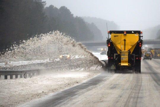 Fuertes tormentas de nieve se han registrado en varias partes de Estados Unidos.