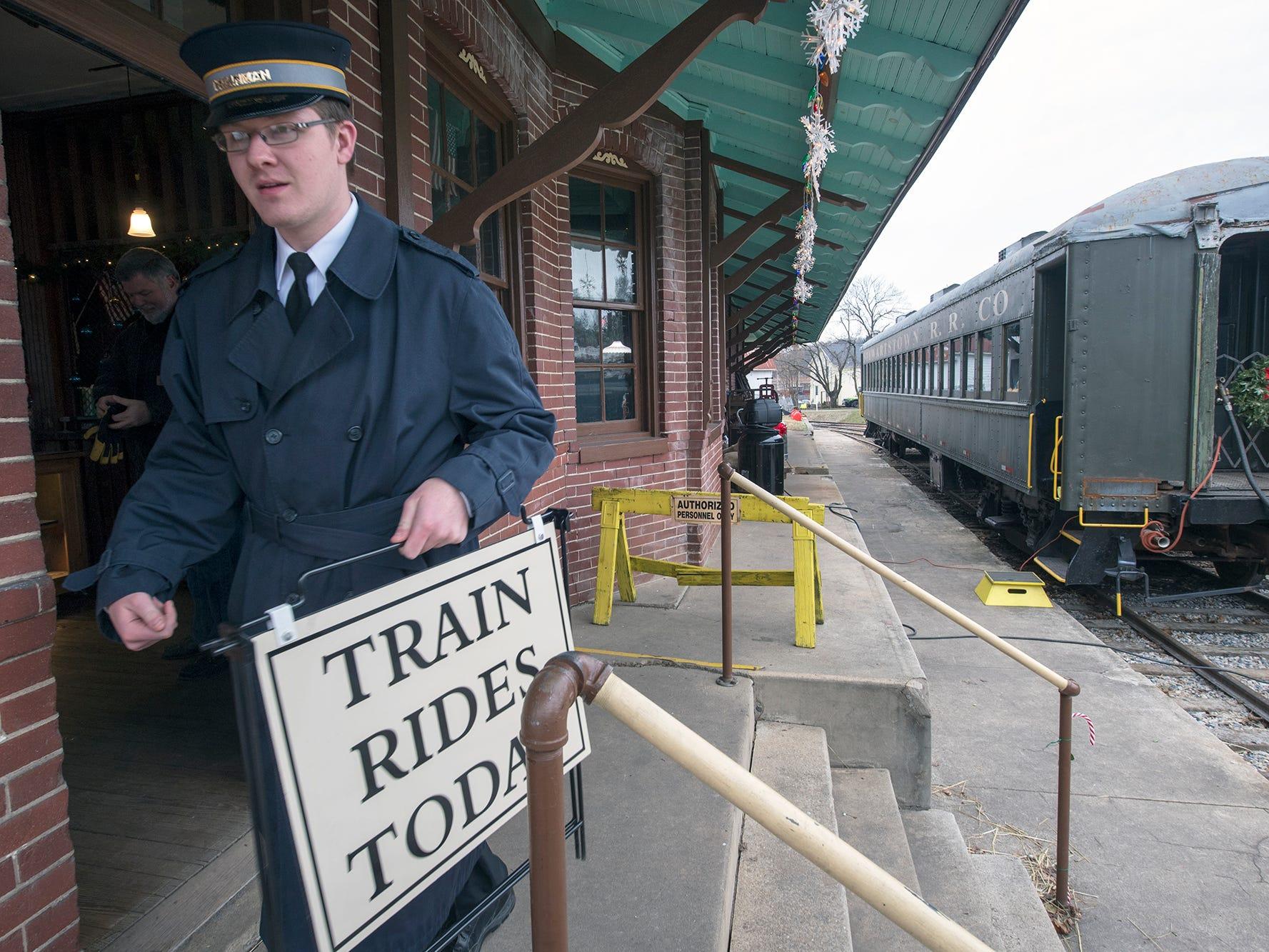 Photos: Junior Railroaders carry on Stewartstown Railroad 1885 history