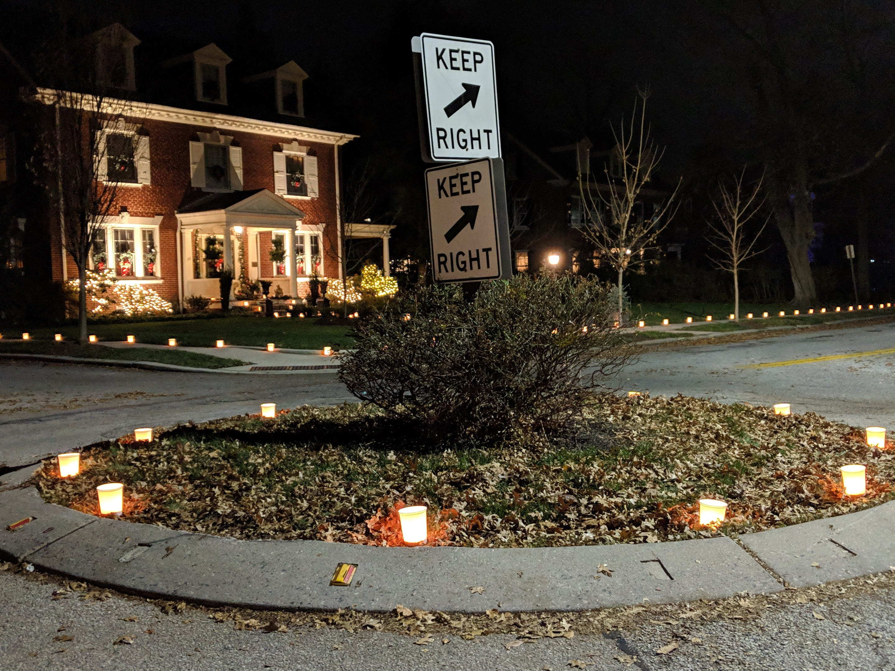 The Springdale Neighborhood Association coordinated 1750 luminaries with 72 York city homes participating.