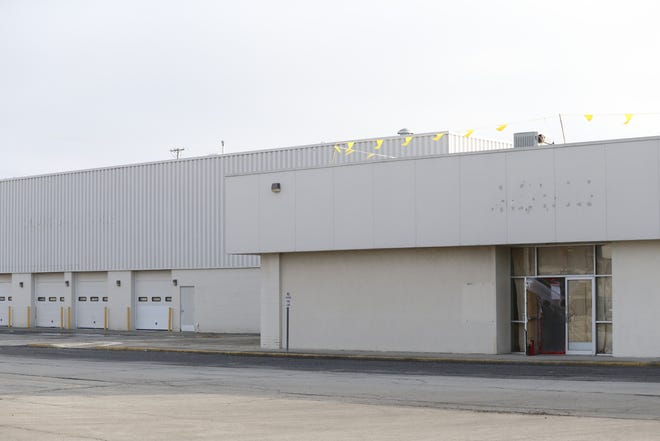 """Richmond Mall owner Hull Property Group says it's in the """"final stages"""" of reaching an agreement to lease the former Sears space on the property's east end."""