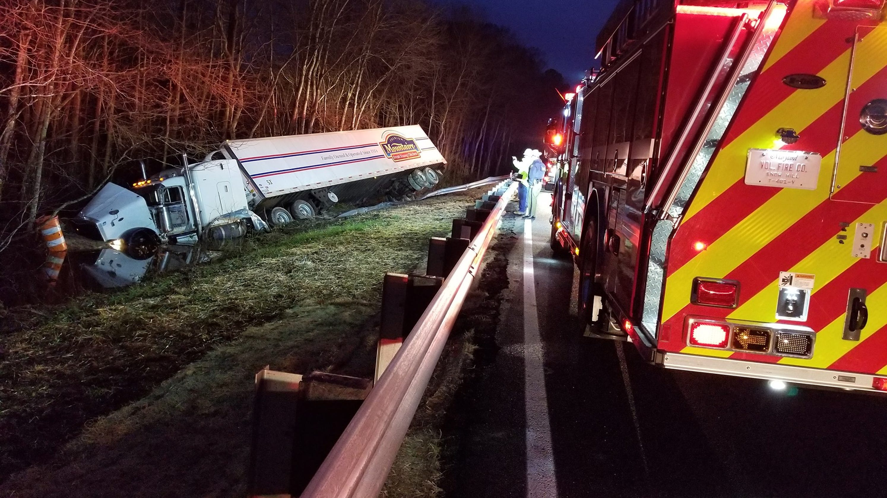 Overturned tractor-trailer closes U S  113 at Public Landing Road