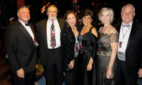 Dr. David Clemons, Dr. Jack and Patty Ferrell, Dr. Carol Clemons, Katherine and Dr. Charles Sale at Sky.