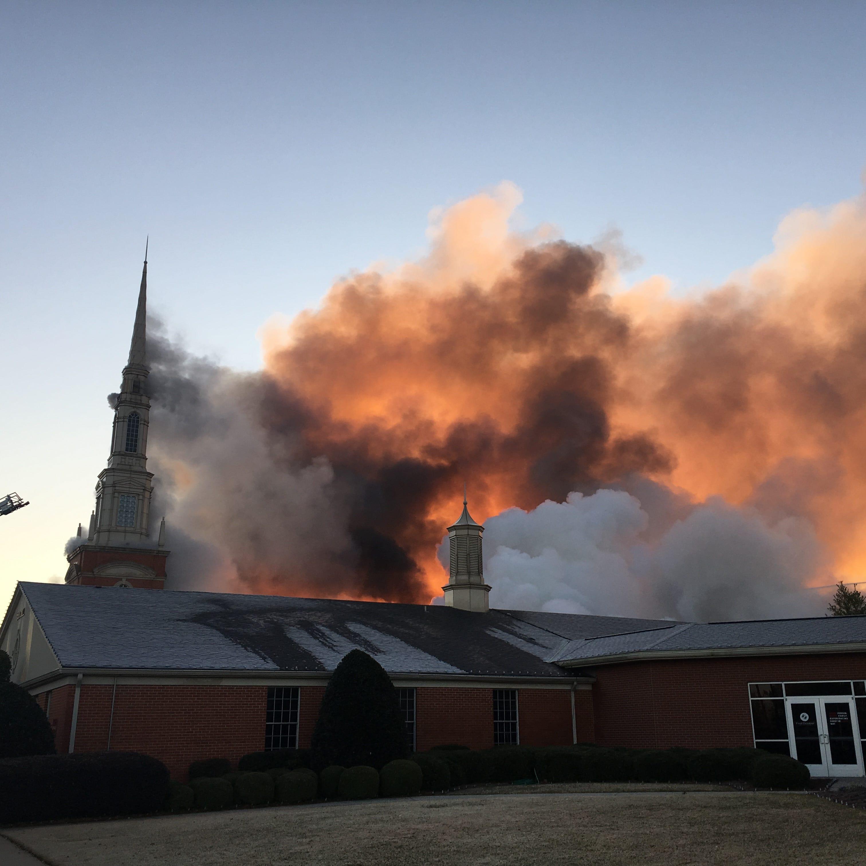 Fire crews battling blaze at First Baptist Church in Bossier