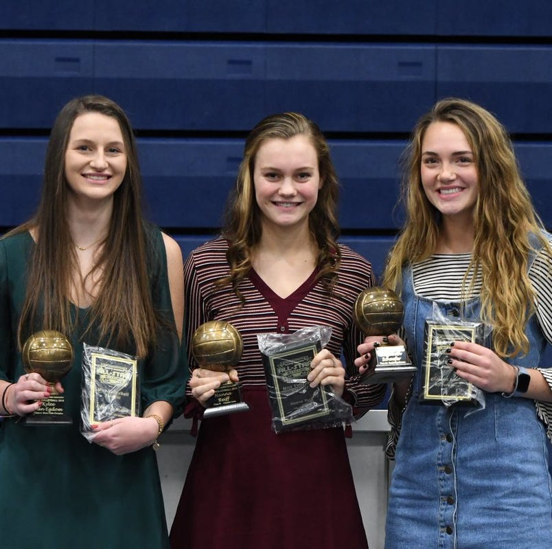 Elizabeth Schaefer, Kylee Van Egdom, Hanna Reiff named 2018 Miss Volleyball recipients
