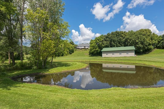 Private Pond And Pole Barn1