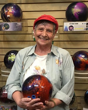 Karen Woolsey rolled her first 500 series in three years last week in Mesquite.