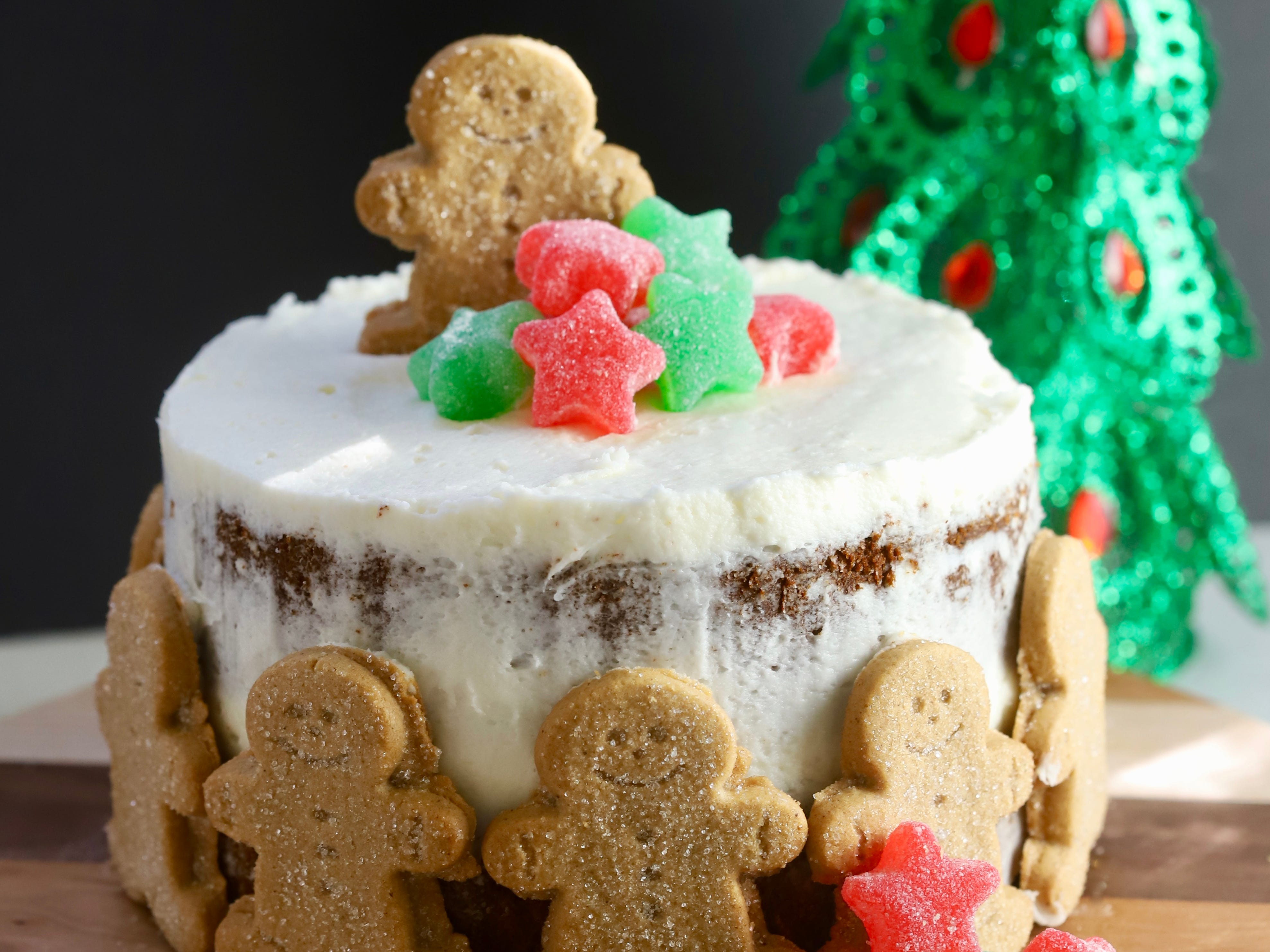 Spice up your Christmas with Gingerbread Cake