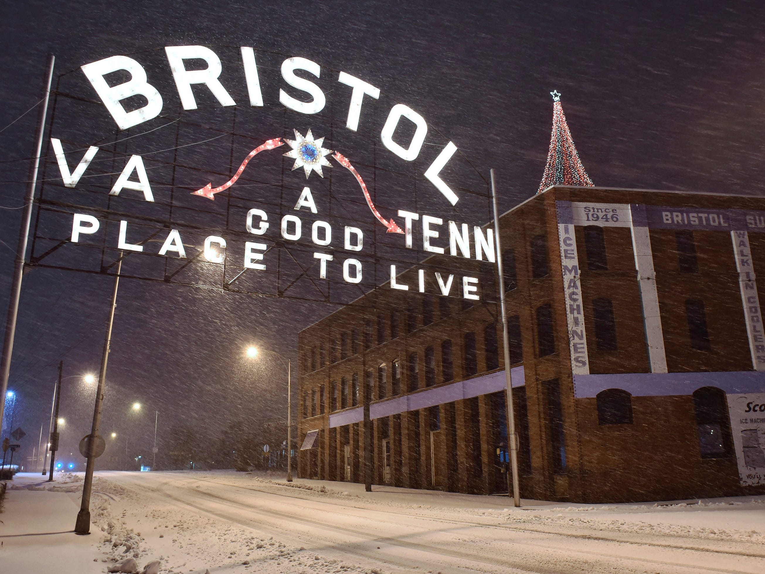 Snow falls in Bristol, Va., on Dec. 9.