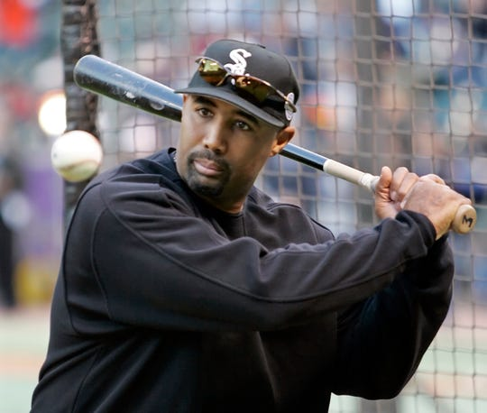 Harold Baines slugged 384 homers during his 22-year career.