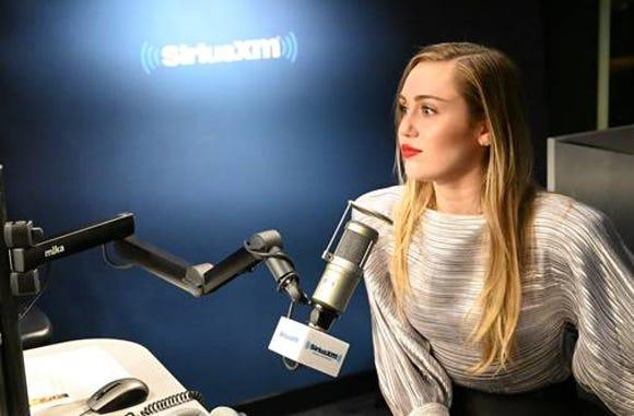 Miley Cyrus, SiriusXM studios