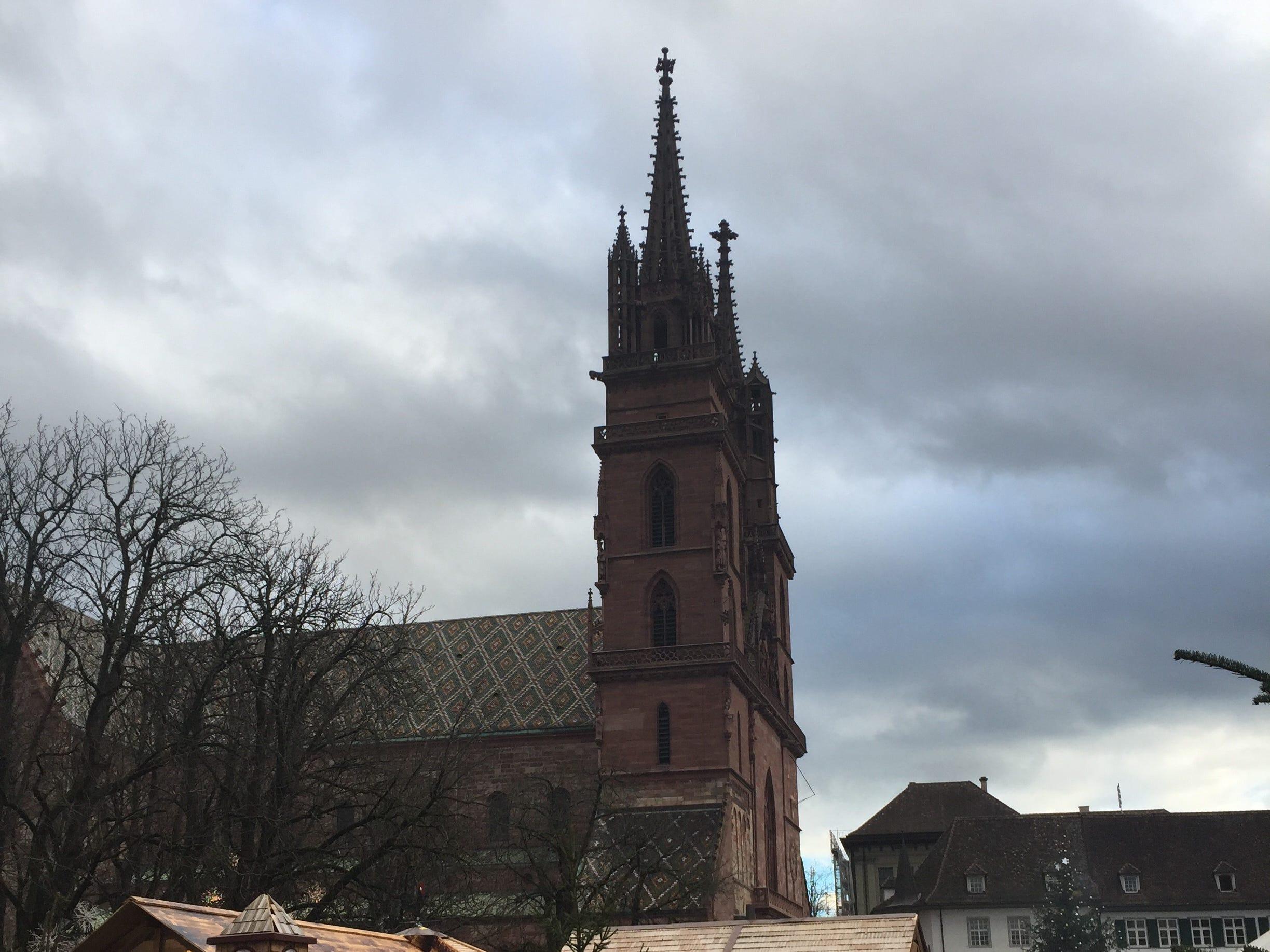 Basel's impressive cathedral overlooks the Münsterplatz market.