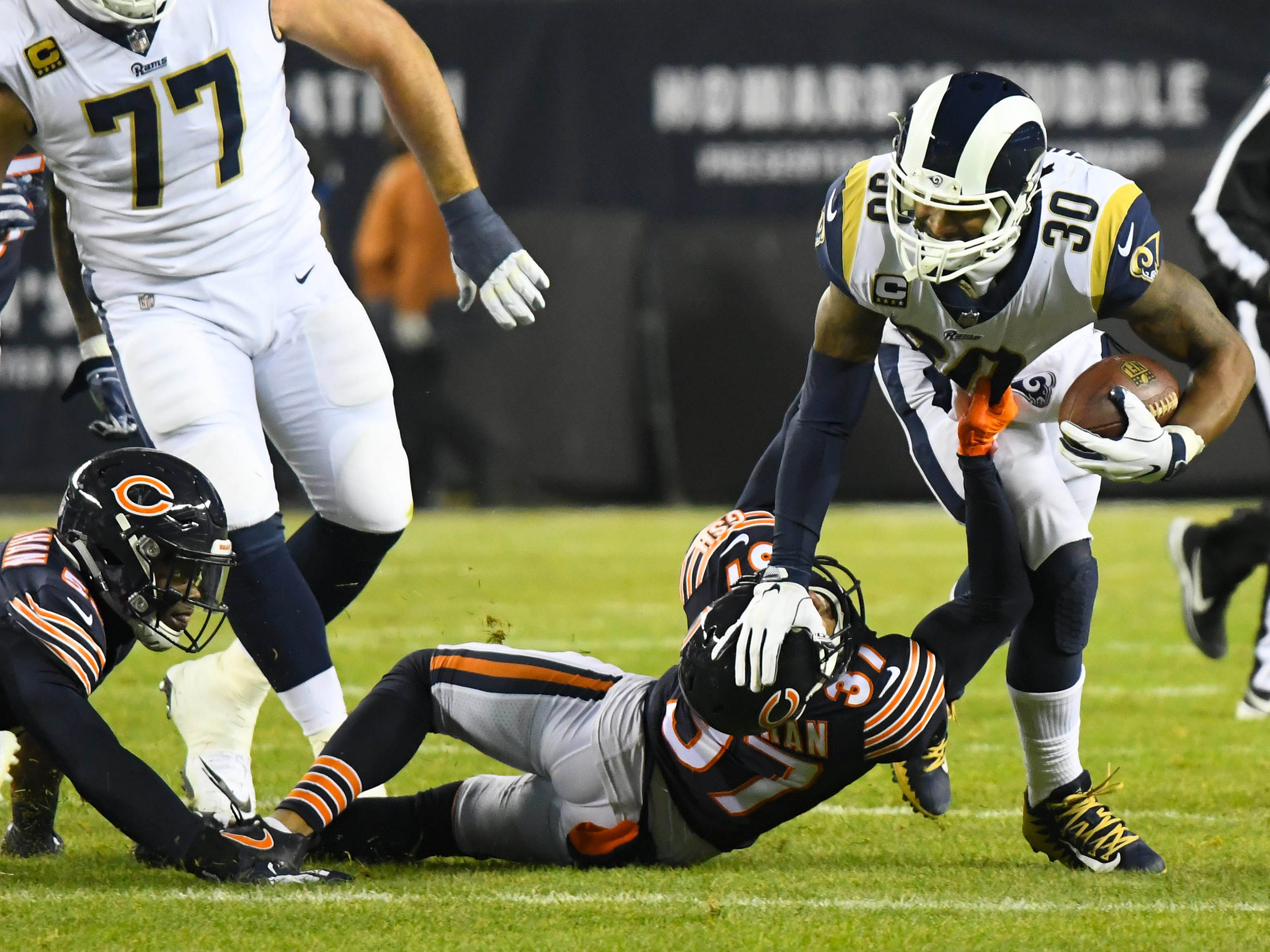 Los Angeles Rams running back Todd Gurleyrushes the ball against the Chicago Bears during the first quarter at Soldier Field.