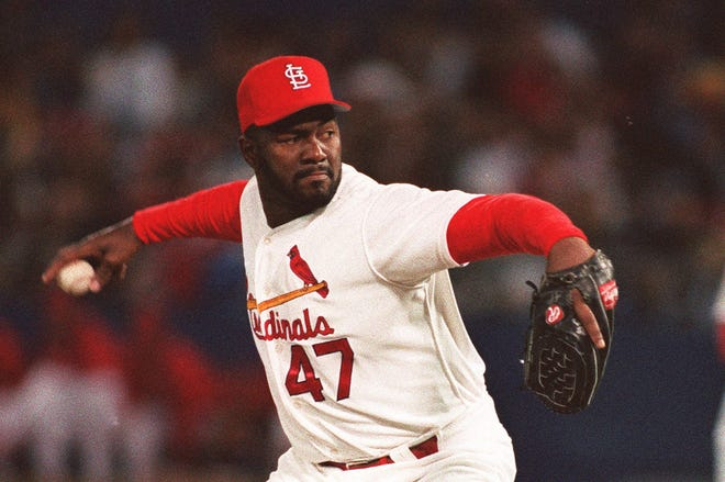 Lee Smith, who pitched 18 seasons, was the all-time saves leader upon his retirement with 478 career saves.