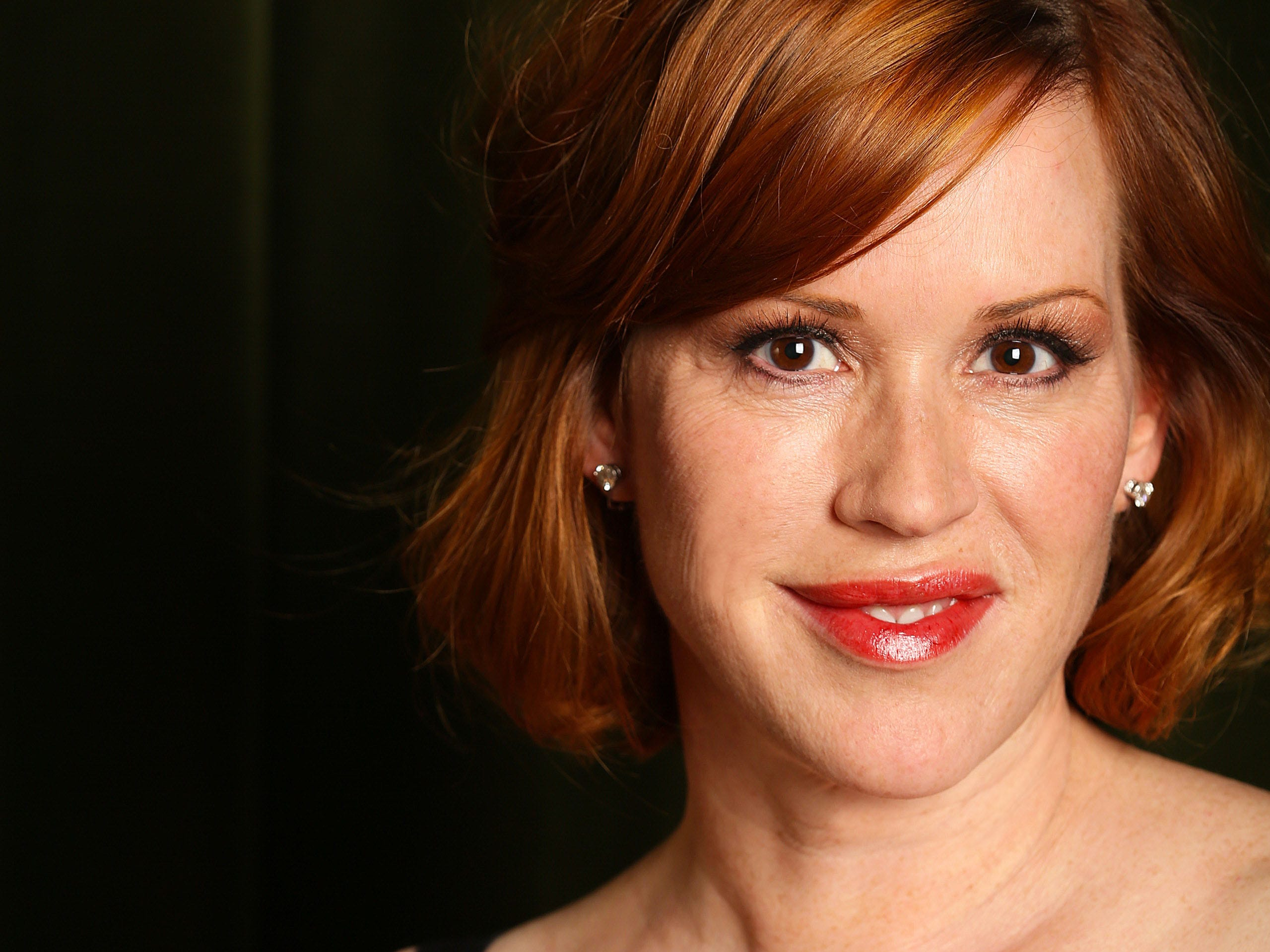 "Molly Ringwald saw an early script for ""Pretty Woman,"" but she didn't pursue the role, she revealed during a Reddit Q-and-A. Julia Roberts landed the iconic gig and was nominated for an Oscar for the role. ""It was her part,"" Ringwald said of Roberts. ""Every actor hopes for a part that lets them shine like that."""