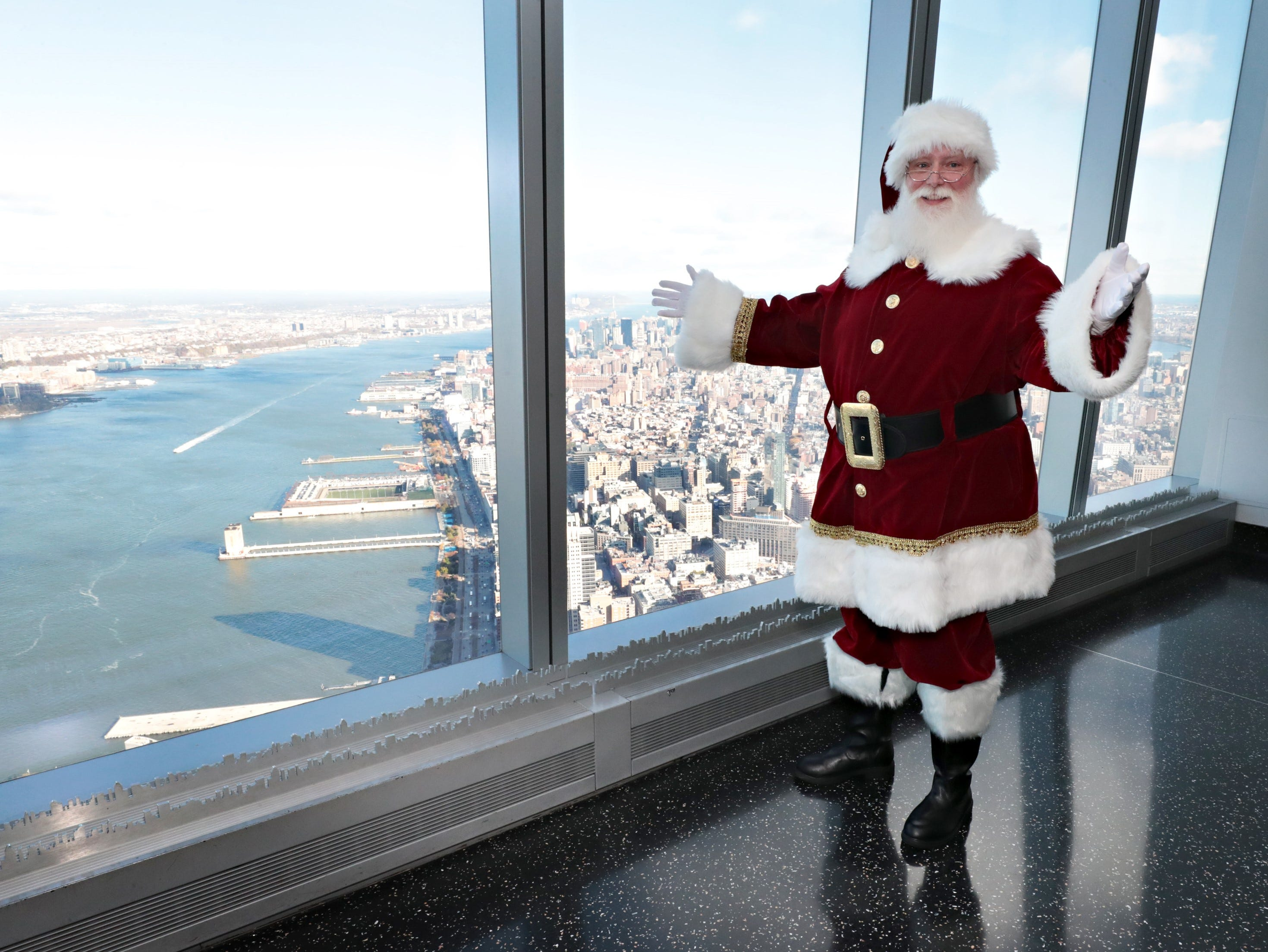 Ho, ho, ho! I can see the entire city from atop One World Trade Center!