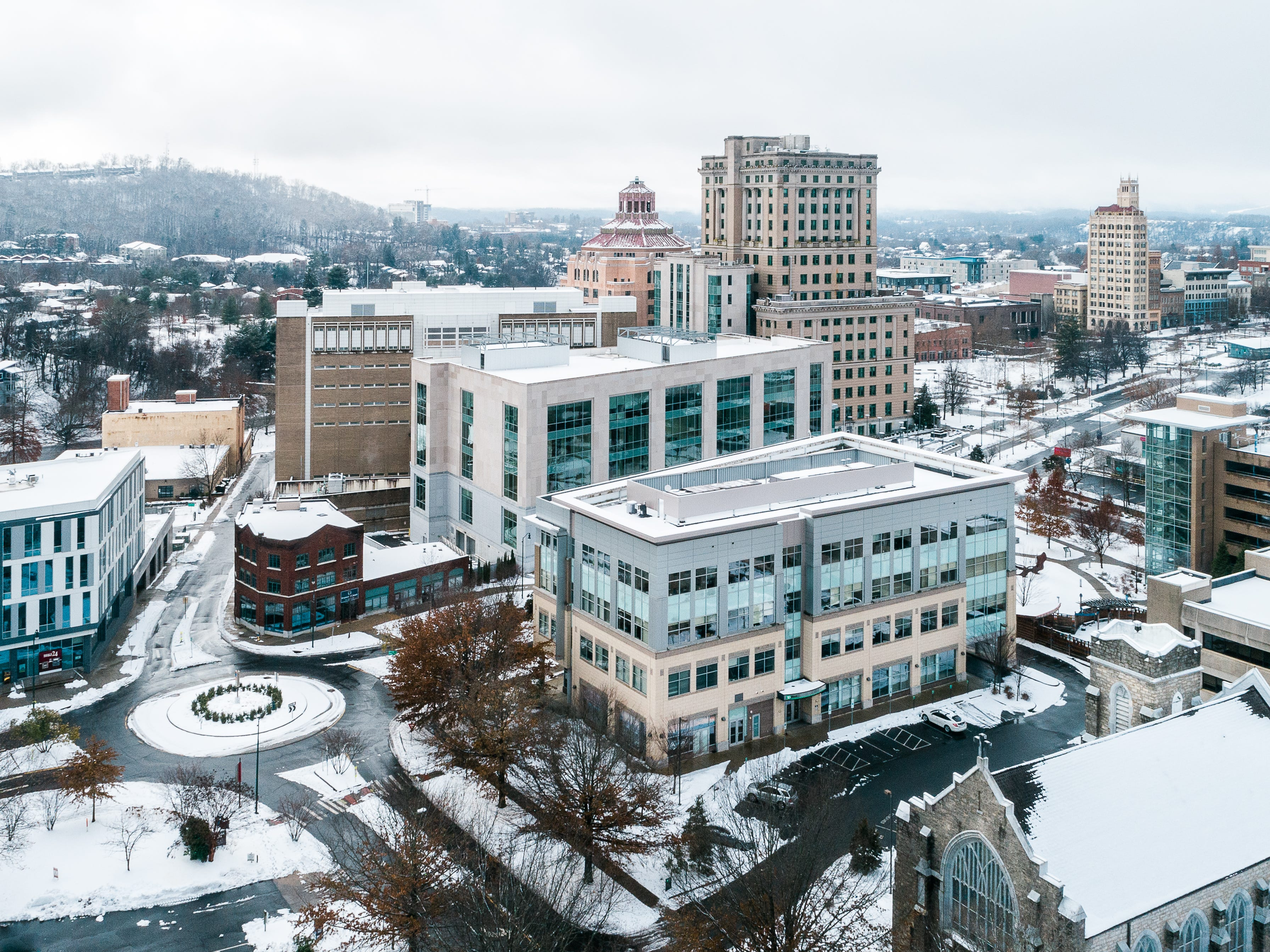 Drone footage of downtown Asheville on Monday, Dec. 10, 2018 after winter storm Diego hit the area. (Gabe Swinney, Swinney Photography)
