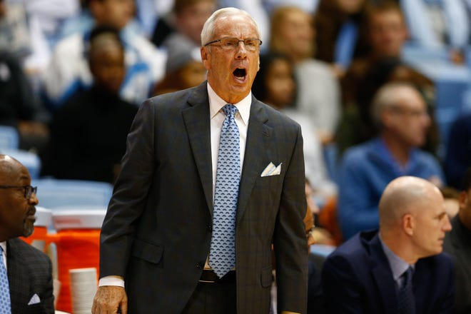 Dec 6, 2017; Chapel Hill, NC, USA; North Carolina Tar Heels head coach Roy Williams calls out in the first half against the Western Carolina Catamounts at Dean E. Smith Center. Mandatory Credit: Jeremy Brevard-USA TODAY Sports