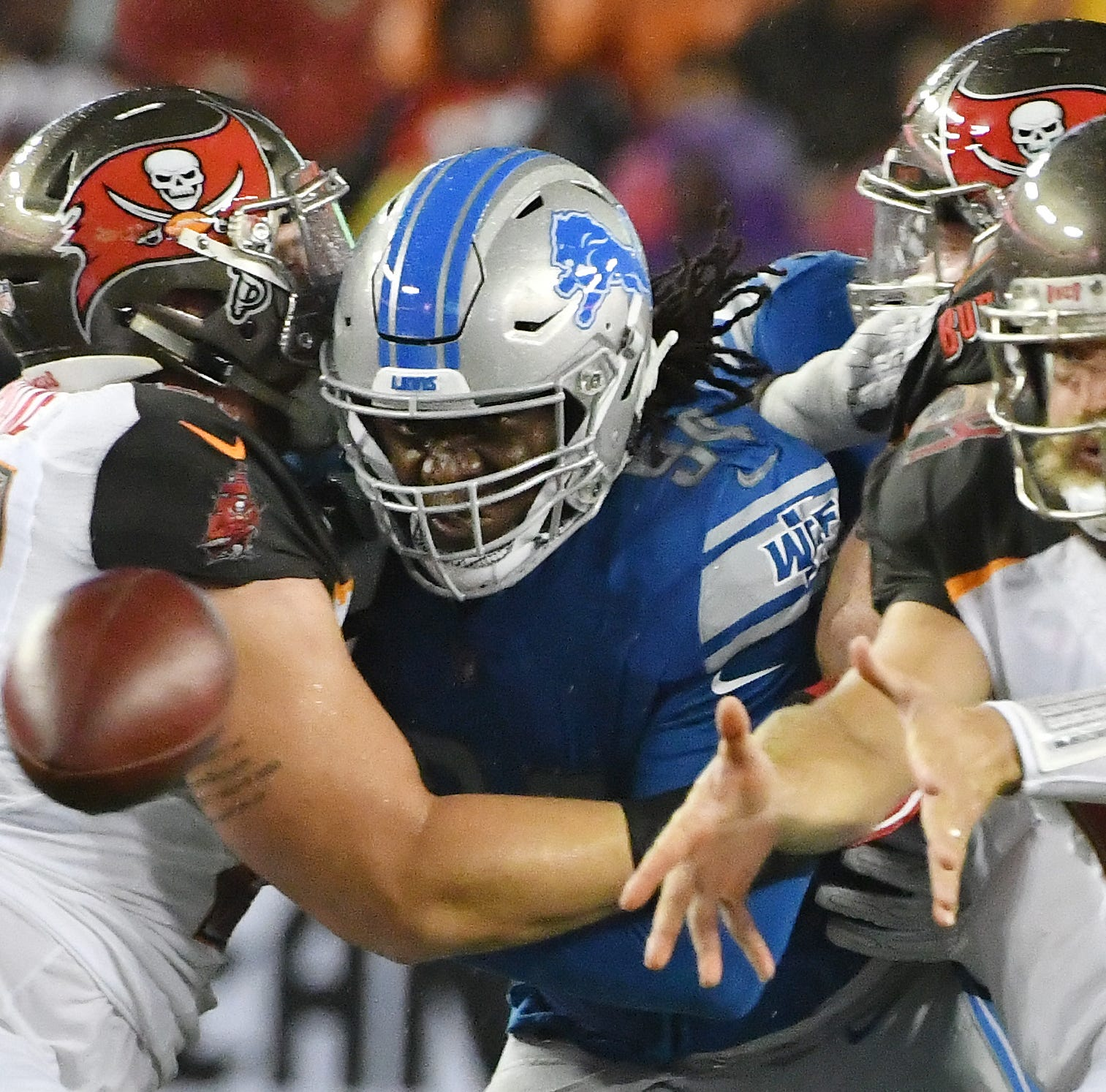 Lions place Ansah, Roberts on injured reserve