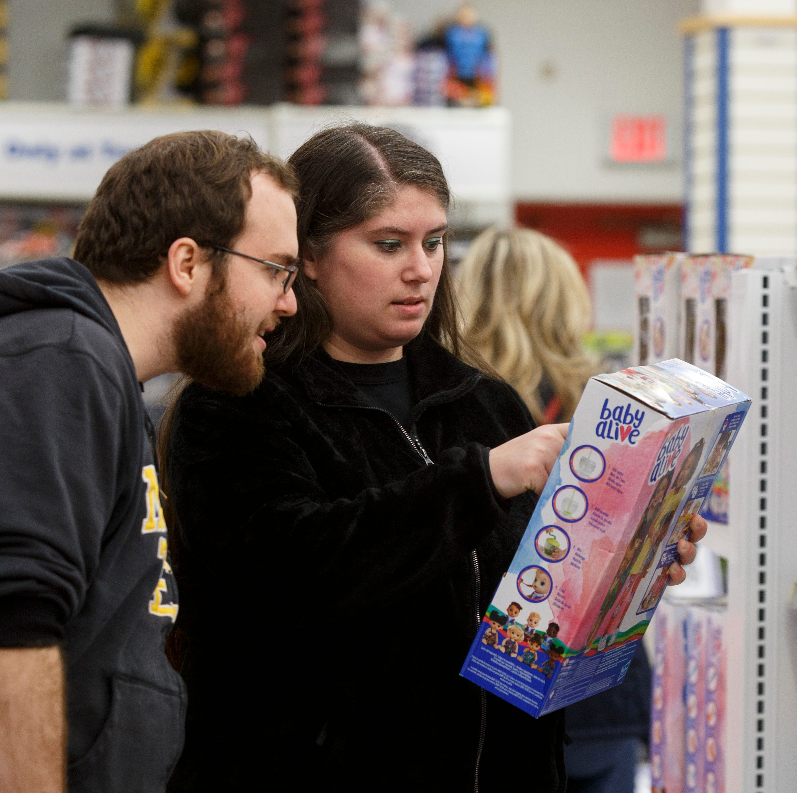 Shopping for nostalgia: Toys R Us lures Michigan fans to Canada