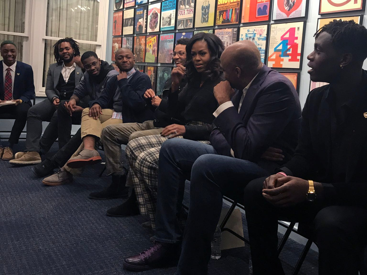 Michelle Obama makes surprise stop at Motown Museum