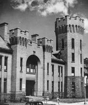 The Washington Street Armory as it appeared about 1945.