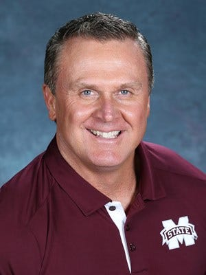 Mississippi State tight ends coach Mark Hudspeth is leaving the program to become the head coach at Austin Peay.