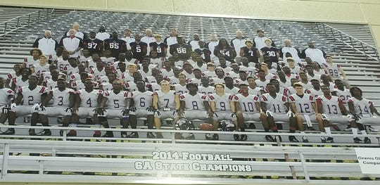 Darrell Henderson (No. 8) helped lead South Panola to an undefeated season (15-0) and Class 6A state title in his senior year. He was named Gatorade State Player of the Year in Mississippi