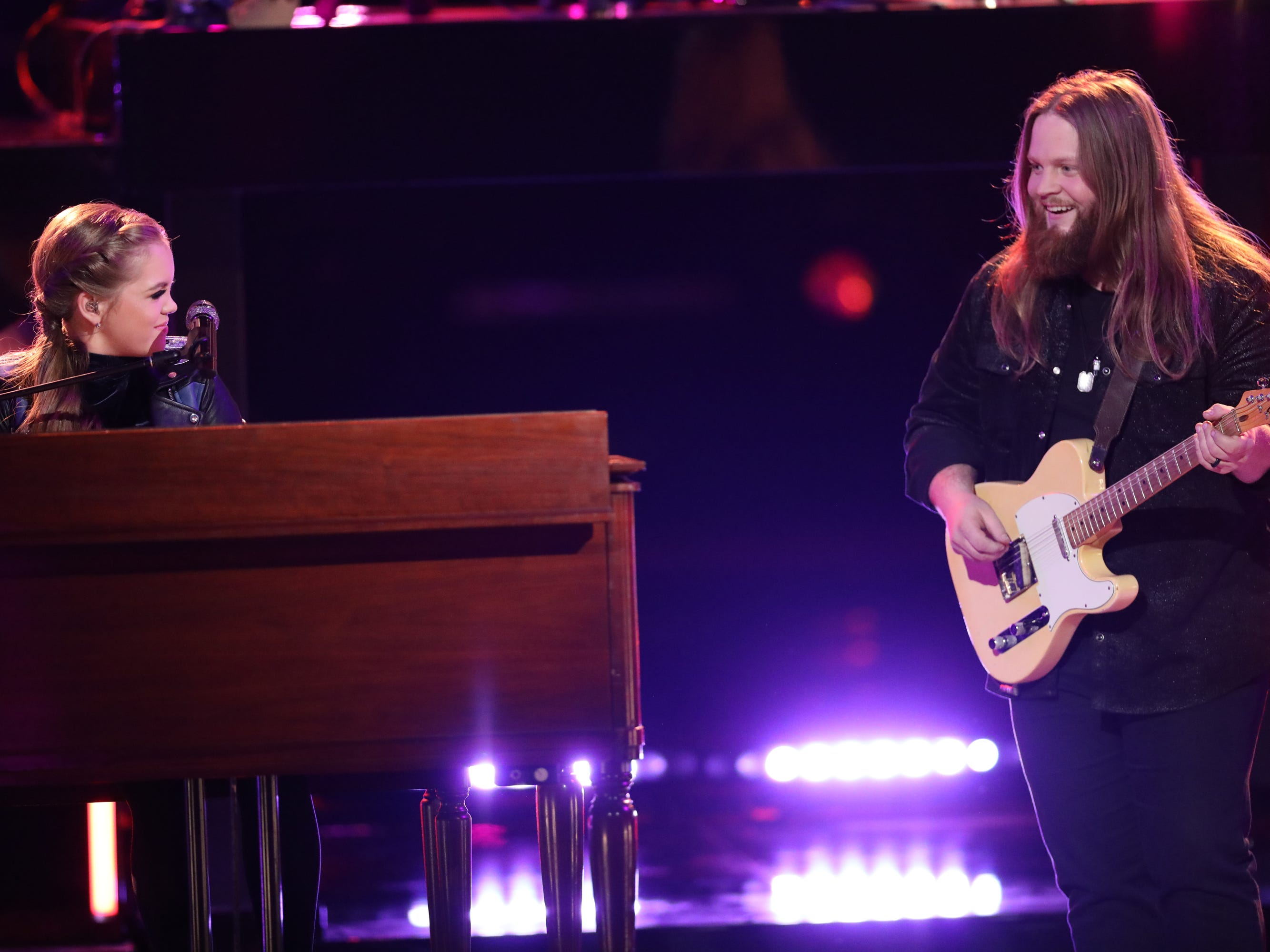 "Chris Kroeze performed a mash-up of the Rolling Stones' ""Jumpin' Jack Flash"" and Aretha Franklin's ""Chain of Fools"" with fellow contestant Sarah Grace at ""The Voice"" semi-finals Dec. 10."